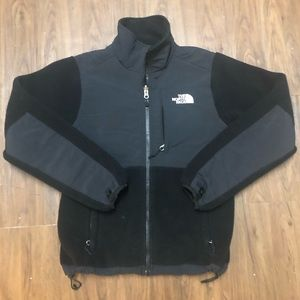 🏔 Women's The North Face Jacket 🔥